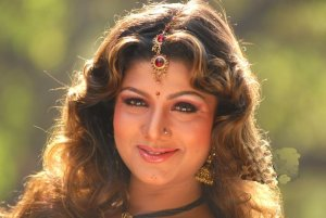rambha…what an sideview of her boobs in a jungle..lick d mangoes ...